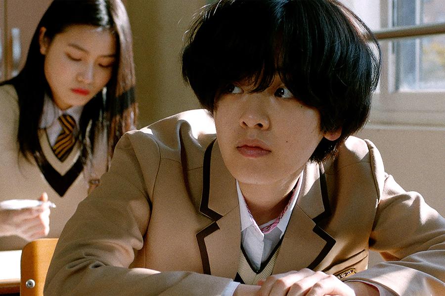 勉強は苦手で、野球ひと筋の主人公チュ・スイン。(C)2019 KOREAN FILM COUNCIL. ALL RIGHTS RESERVED