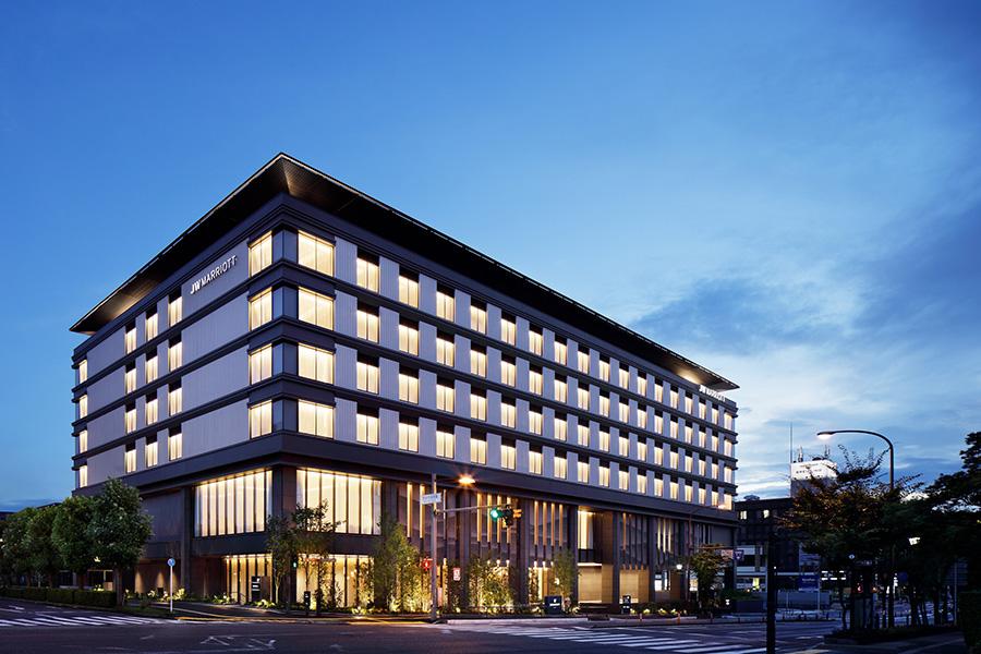 2020年春にオープンした「奈良県コンベンションセンター」、「奈良 蔦屋書店」とも隣接