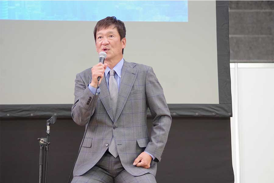 巨人について語る片岡篤史さん