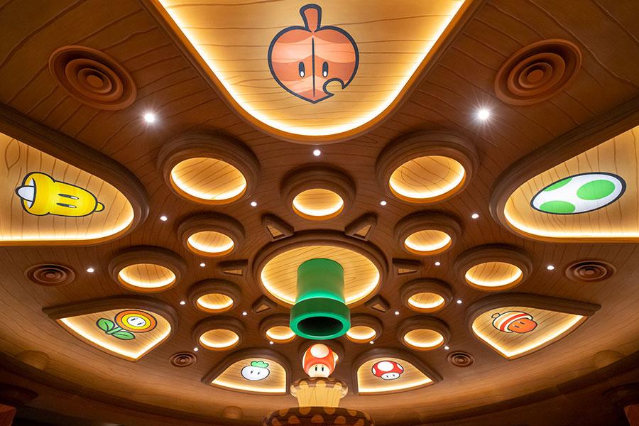 「キノピオ・カフェ」天井部分。画像提供:ユニバーサル・スタジオ・ジャパン