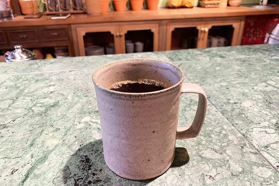 京都・紫竹の「ウフコーヒー」の豆で淹れられるコーヒー500円