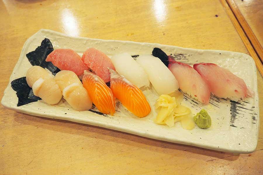 いわゆる「回転系」のイメージとは違い、注文型の寿司屋を思わせるクオリティ