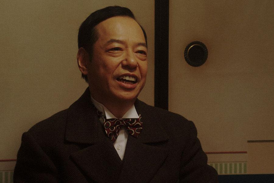 千之助(星田英利)と鉢合わせる須賀廼家万太郎(板尾創路)(C)NHK