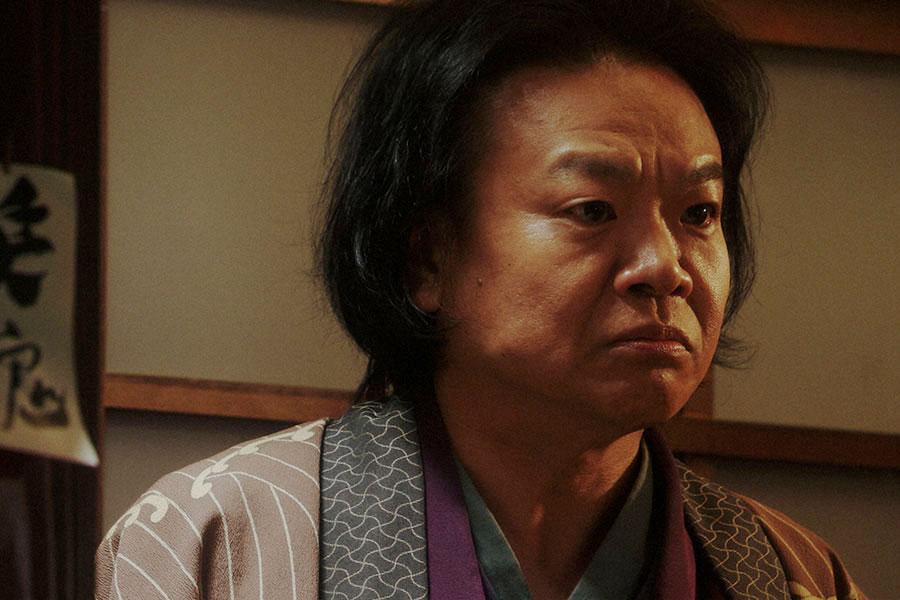 千代(杉咲花)からあることを聞かれる千之助(星田英利)(C)NHK
