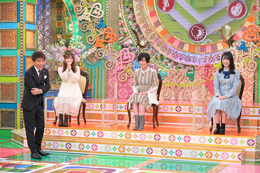 左から、浜田雅功、中川翔子、光宗薫、金村美玖(写真提供:MBS)