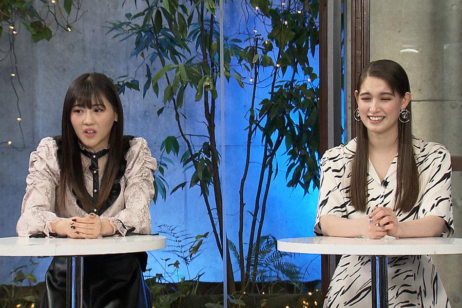 パネラーの西野美姫(左)、トラウデン直美 (c)ktv