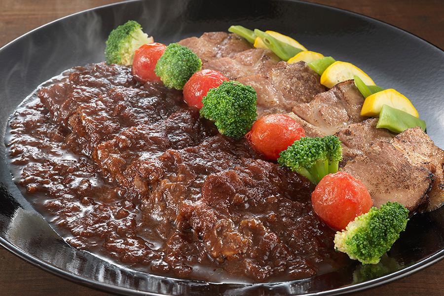 アールグレイで香りを付けた豚肩肉のロースト スターアニス風味のオニオンソース