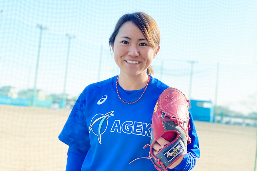 アメリカ独立リーグで活躍し、現在はエイジェックス女子野球部の選手兼コーチの吉田えり選手
