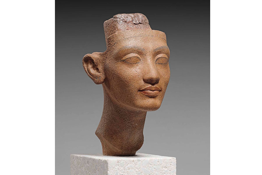 『ネフェルティティ王妃あるいは王女の頭部』 前1351~前1334年頃 © Staatliche Museen zu Berlin Ägyptisches Museum und Papyrussammlung / S.Steiß