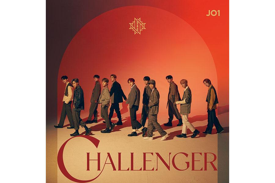 3rdシングル『CHALLENGER』初回限定盤Bジャケット (C)LAPONE ENTERTAINMENT