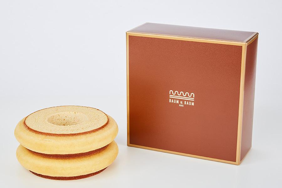 「BAUM u. BAUM」(兵庫県)のツヴァイ 。ドイツ製菓マイスターの井谷グランシェフが一層ずつ丁寧に焼き上げる