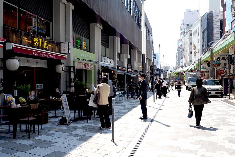 神戸・三宮に昼夜使える新たな飲食街「EKIZO」が誕生