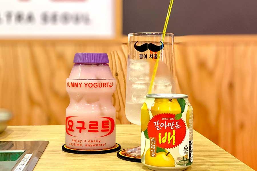 韓国でブームの「ヤクルトマッコリ」(650円)や「ソジュボンボン すりおろし梨」(500円)も