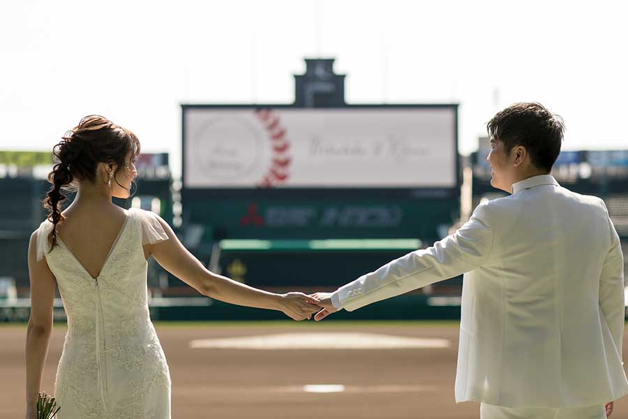 野球場「阪神甲子園球場」が、フォトウェディングサービスの開始を発表