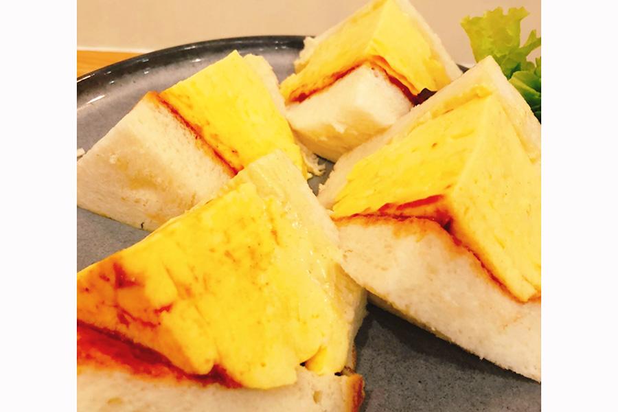 玉子サンドが人気の喫茶店「マドラグ」、神戸に初出店