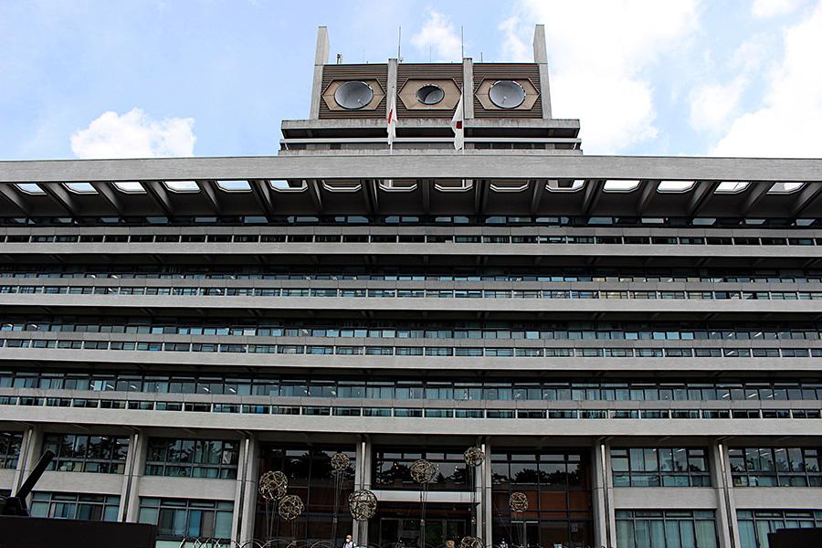 奈良県庁(奈良市登大路町)