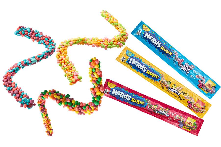 PLAZAから発売されるロープ状のグミキャンディ「NERDS(ナーズ)ロープ」(348円)