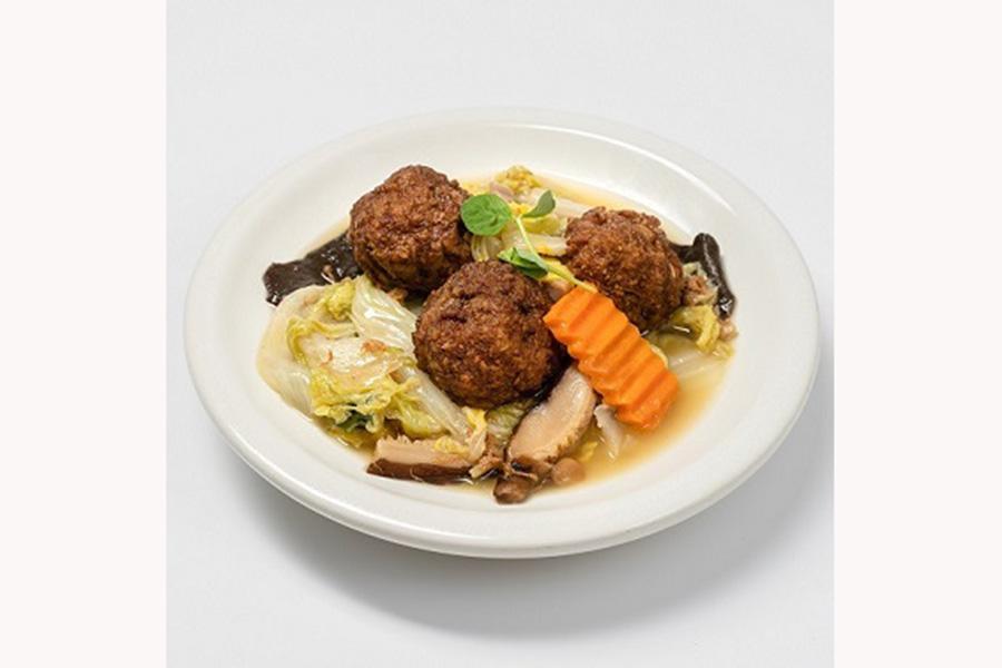 定食セットのメインディッシュ「宜蘭(イーラン)西魯肉団子と野菜煮込み」(1320円)
