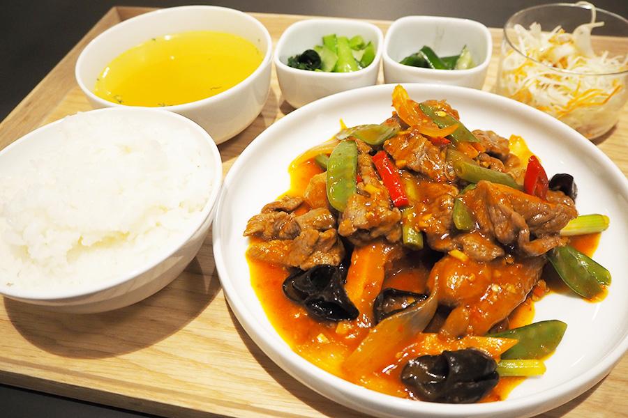 台湾・家庭料理店が初上陸、大阪で現地気分を味わえる定食