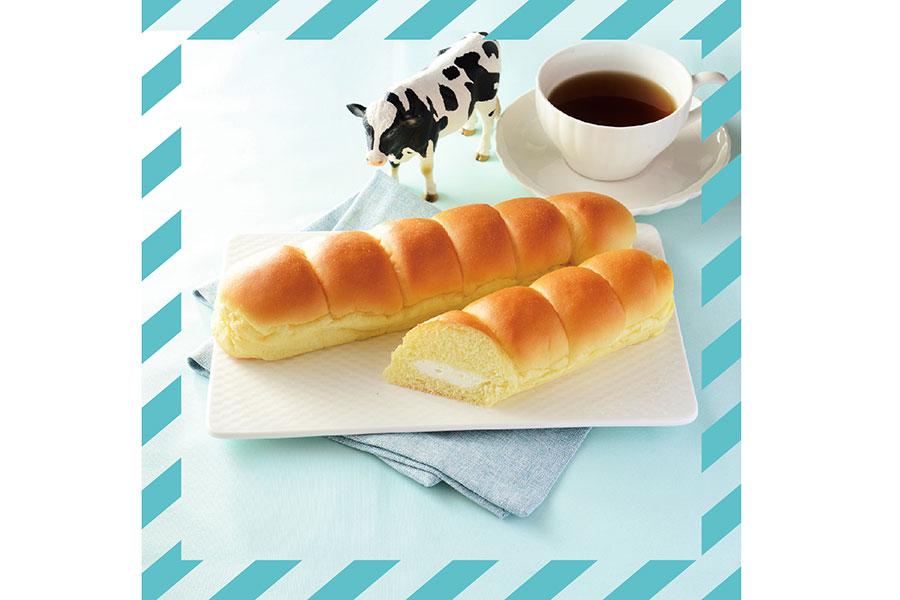 MILKカスタードのちぎりパン(140円)