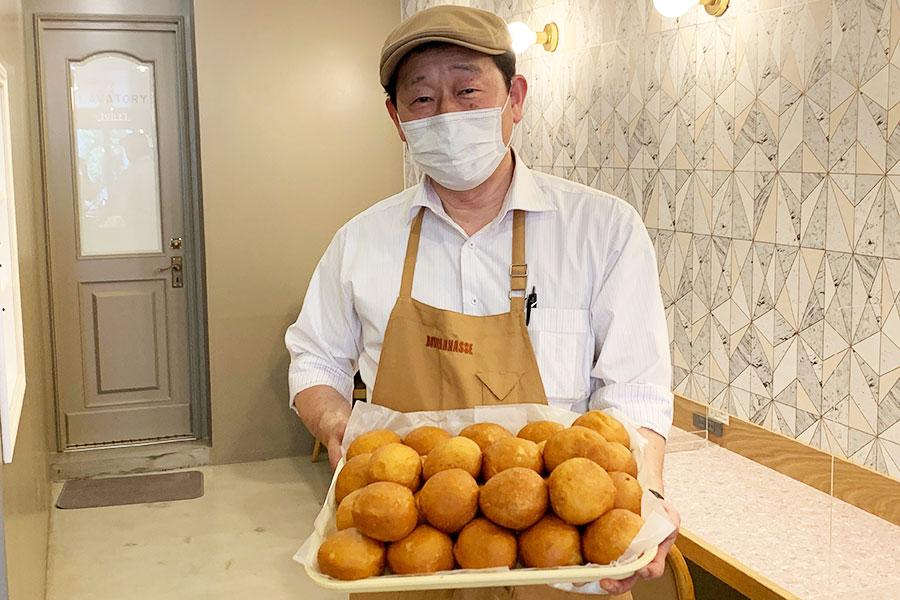 「ピロシキには自信あり!個人的にはカレー風味が好きです」と代表取締役の古角武司(こかどたけし)さん