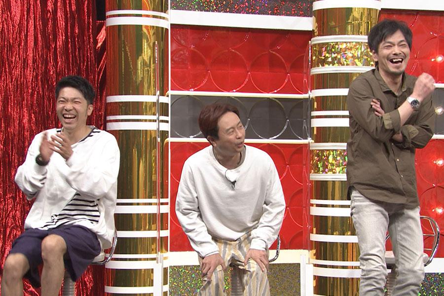 (左から)アキナ・秋山賢太、次長課長・河本準一、井上聡(写真提供:MBS)