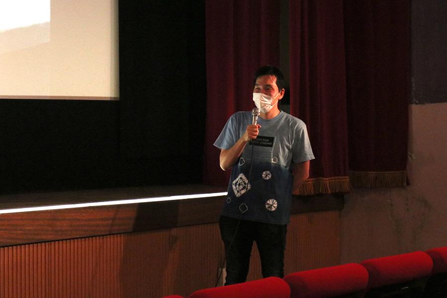 松本大樹監督の新作『極道系Vtuber達磨』は夏頃、大阪で鑑賞できるかもしれなど、映画好きに向けたトークを披露(13日撮影)