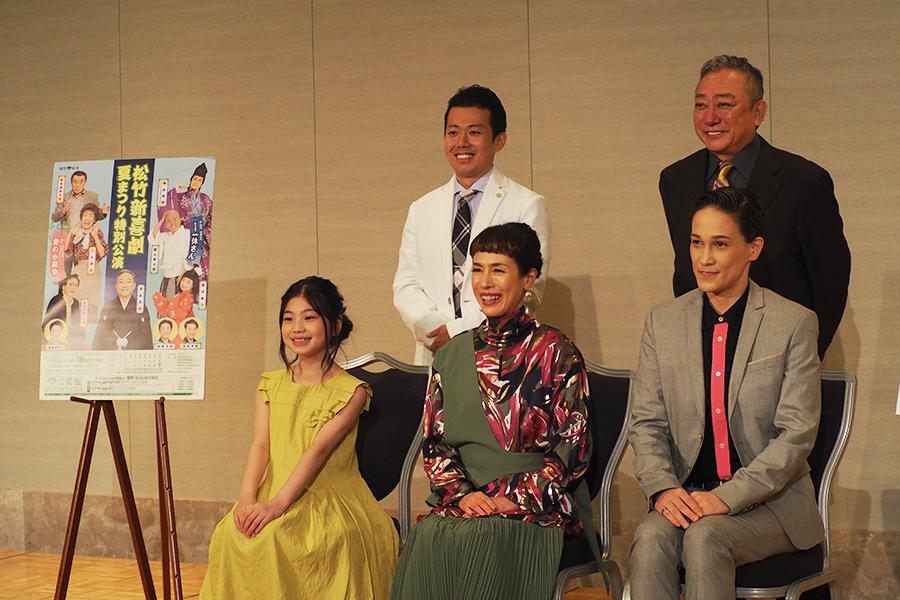 取材会には『愛の小荷物』に出演する久本雅美、『一休さん』で蜷川新左衛門役の桐生麻耶も出席