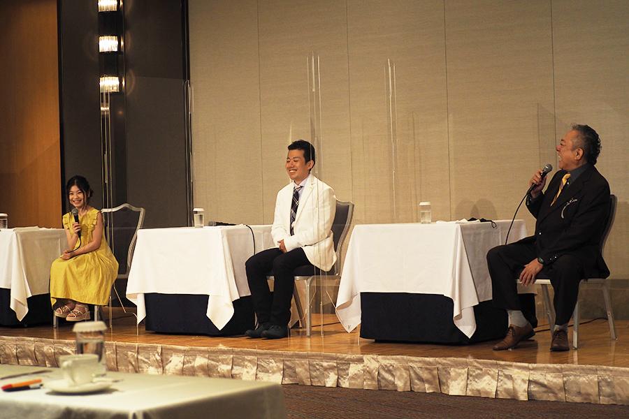 左から、取材会に出席した前田暖乃、藤山扇治郎、渋谷天外