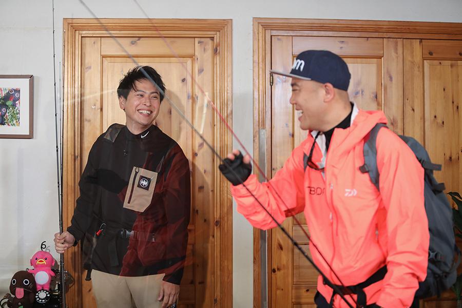 ゲストのEXILE・山下健二郎とナダル(C)ABCテレビ