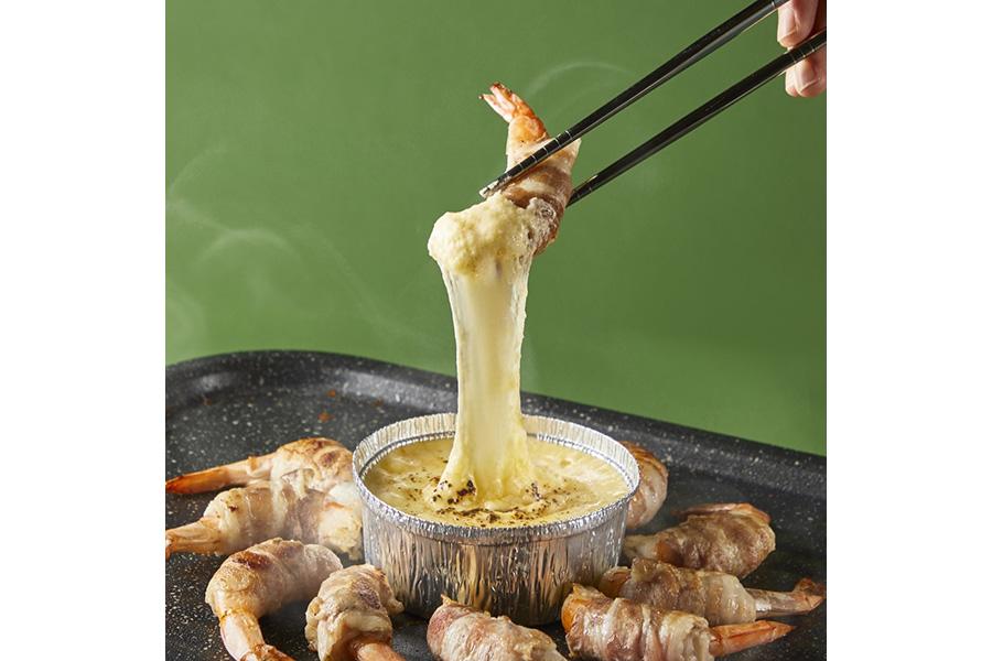 海鮮サムギョプサルBBQとヤンニョムチキンフォンデュ(韓国屋台グルメ&手巻きキンパ食べ放題付き)2500円