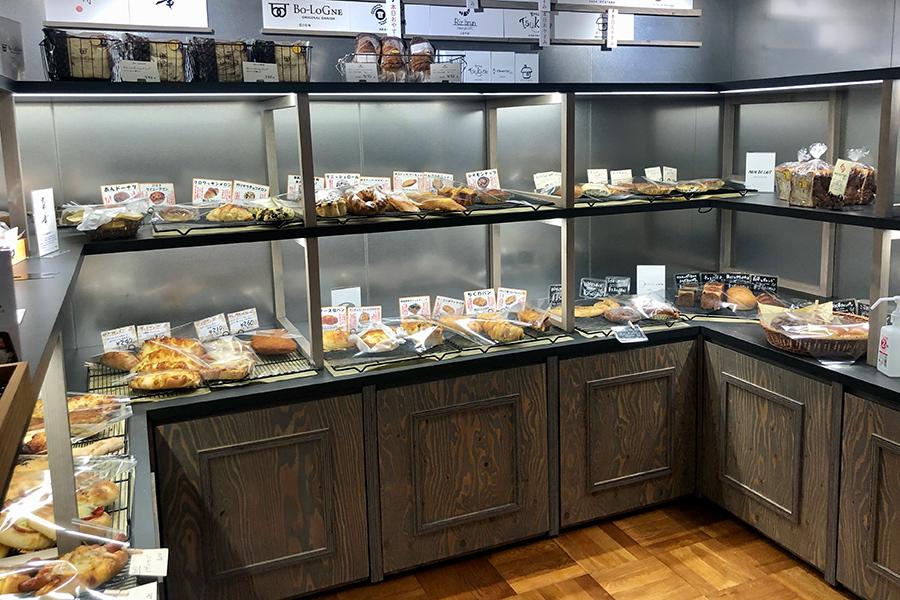 京都の人気ベーカリー各店のイチオシパンが、これだけの量一同に会すのはなかなか無いこと