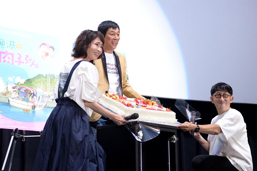 7月1日に66歳の誕生日を迎えたさんまを祝うサプライズも(4日・大阪市内)