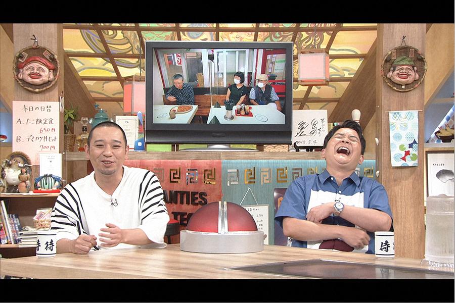 MCの千鳥 (C)ABCテレビ
