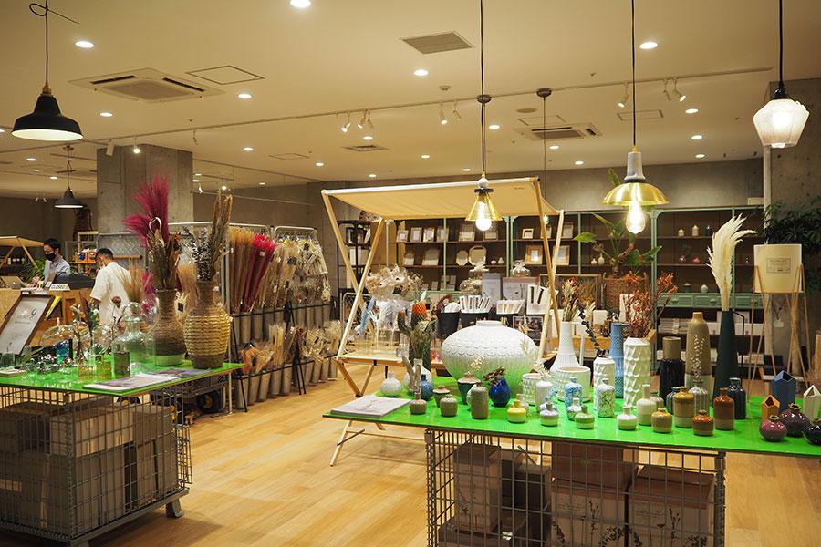 大阪・堺市にあるギフトショップ「マグネット」が高石に