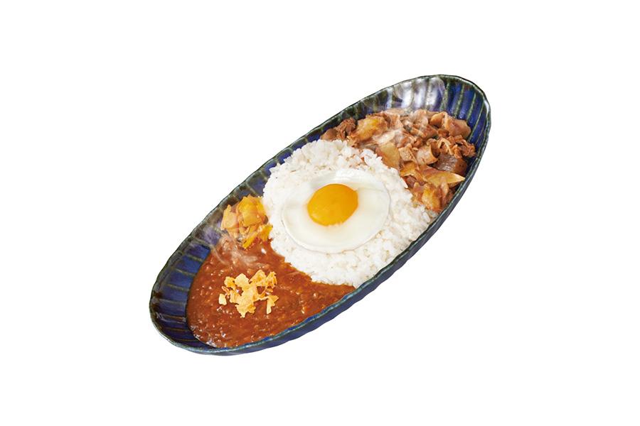 にくトロホルモン焼肉カレー(1078円)