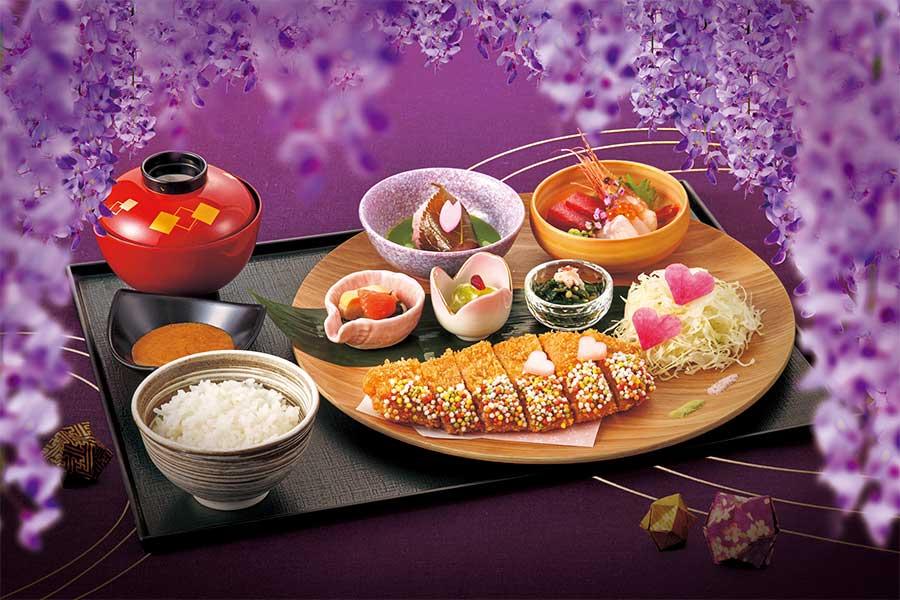 好物の桜餅モチーフ、恋柱・甘露寺蜜璃「ハイカラ・カツ膳」