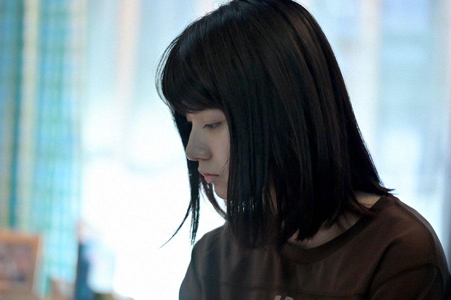 沈む表情の未知(蒔田彩珠)(C)NHK