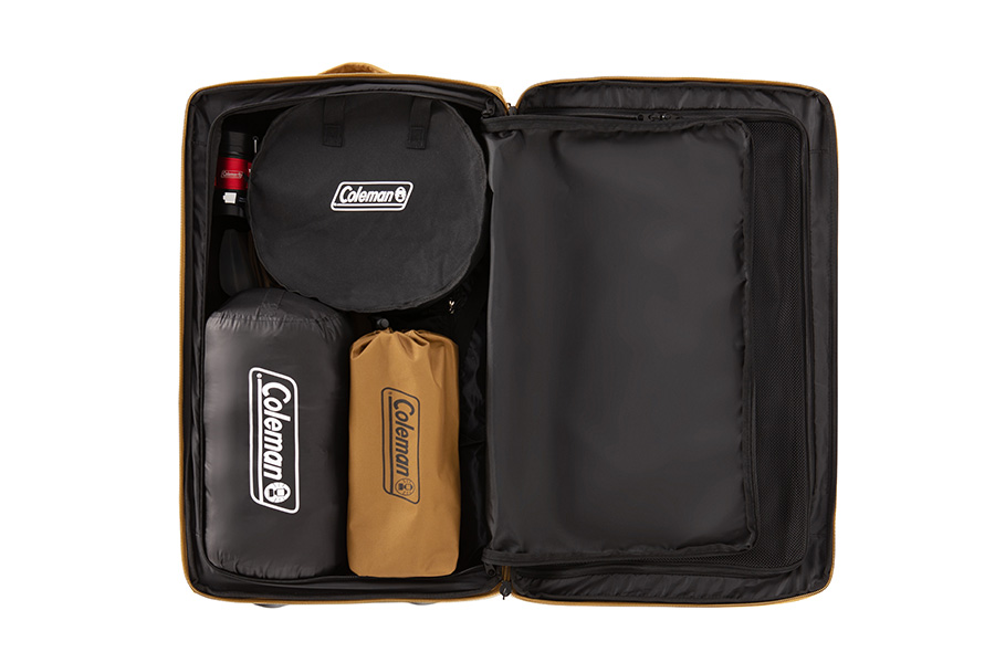 専用スーツケースに入っているので、収納、持ち運びにも便利