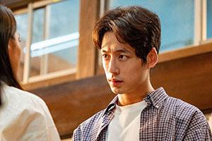 坂口健太郎、SNSの菅波タグに驚き「ここまで大きくなるとは」
