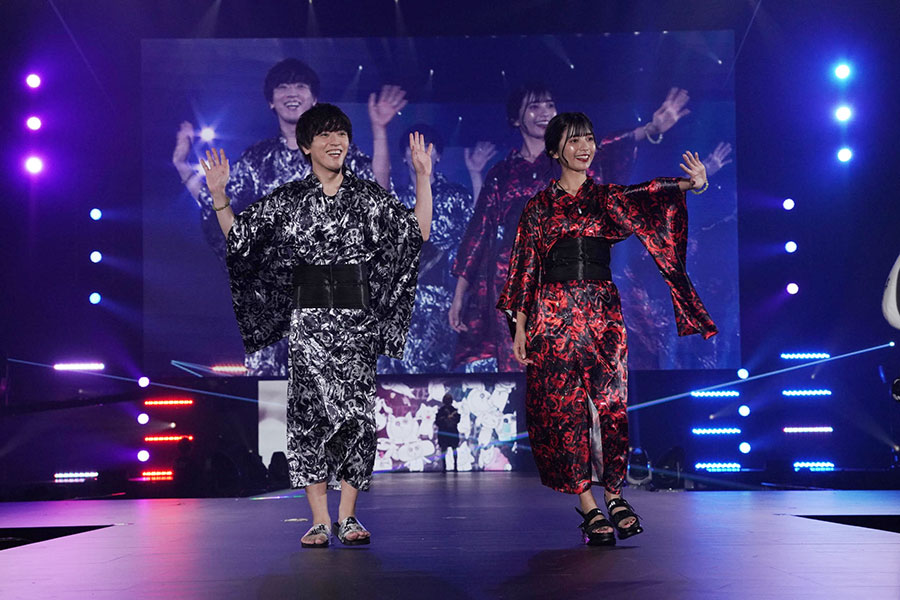 『関西コレクション』のステージに登場したヴァンゆん(5日・京セラドーム大阪)