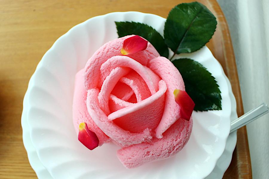 奈良の寺で「バラ」御朱印開始、今年は満開の代わりにスイーツを